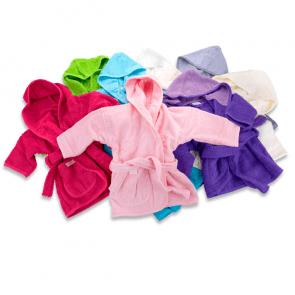 Babybadjasje met naam geborduurd