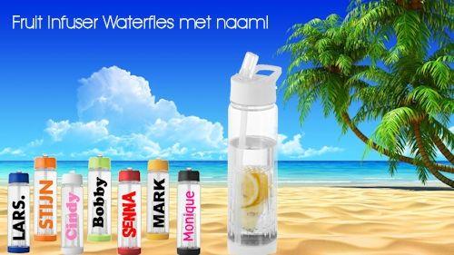 gepersonaliseerde waterfles met fruitinfuser koterkado