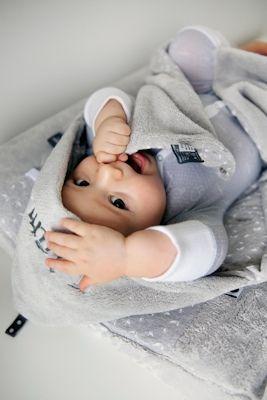 snoozebaby wrapping omslagdoek met naam wikkeldeken